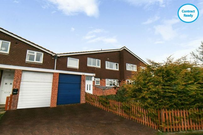 Thumbnail Flat for sale in Yew Tree Crescent, Leicestershire