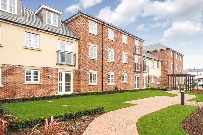 Thumbnail Flat for sale in The Willow, Parkland Place, Shortmead Street, Biggleswade