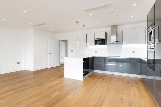 Thumbnail Flat for sale in Allmand Place, 138-144 Granville Road, Childs Hill, London