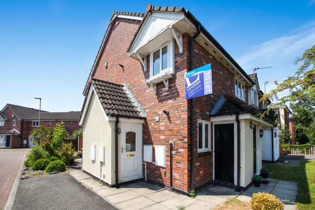 Thumbnail Flat to rent in Abbey Close, Croft, Warrington