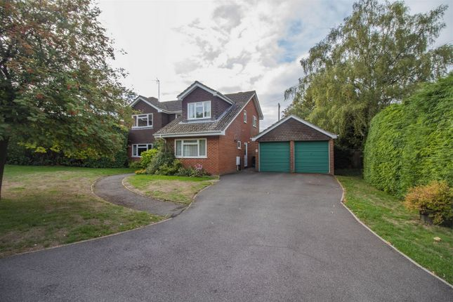 Thumbnail Detached house for sale in Western Lane, Odiham, Hook