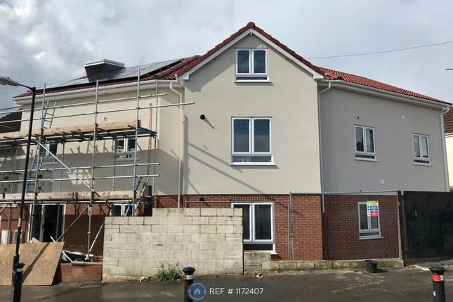 5 bed flat to rent in Melton Crescent, Bristol BS7