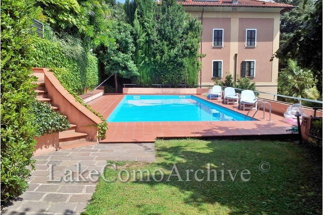 Thumbnail Villa for sale in Como, Lake Como, 22100, Italy