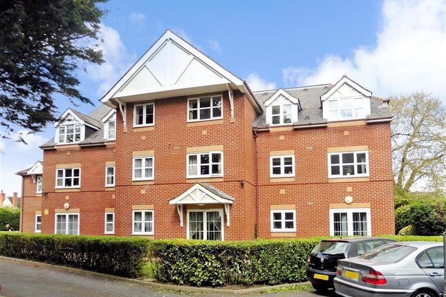 Thumbnail Flat for sale in Havant Road, Emsworth, Hampshire