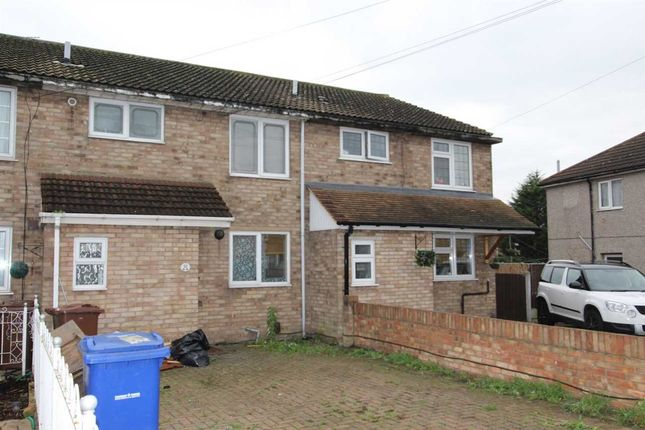 Thumbnail Property to rent in Moore Avenue, Tilbury
