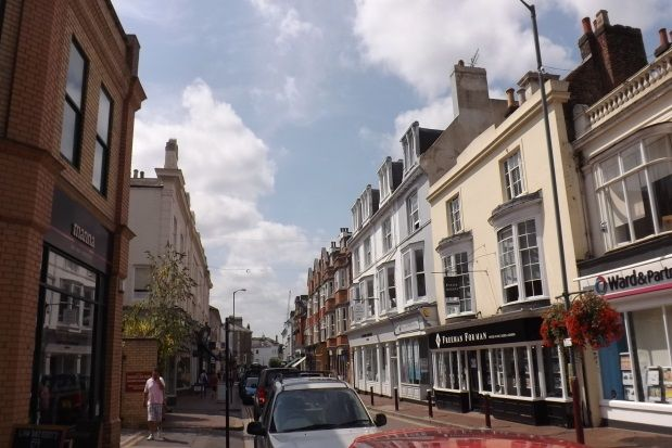 Thumbnail Flat to rent in High Street, Tunbridge Wells