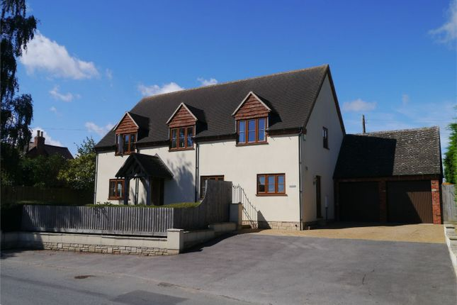 4 bed detached house for sale in Hillend, Twyning, Gloucestershire