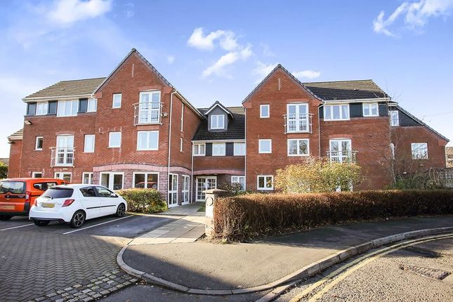 Thumbnail Flat to rent in Parkway, Holmes Chapel, Crewe