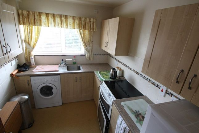 Thumbnail Flat to rent in Mountcollyer Avenue, Belfast