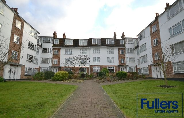 Thumbnail Flat to rent in Seymour Court, London