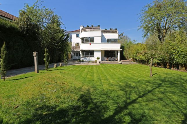 Thumbnail Detached house for sale in Neville Drive, London