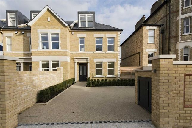 Thumbnail End terrace house to rent in Colinette Road, Putney