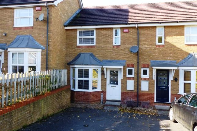 2 bed terraced house to rent in Yellowhammer Road, Basingstoke