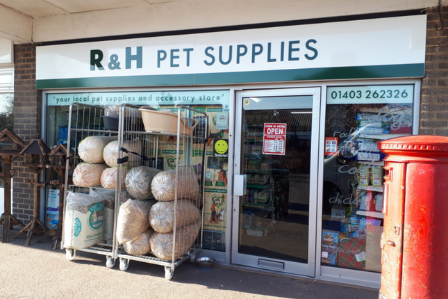 Thumbnail Retail premises for sale in Fitzalan Road, Horsham