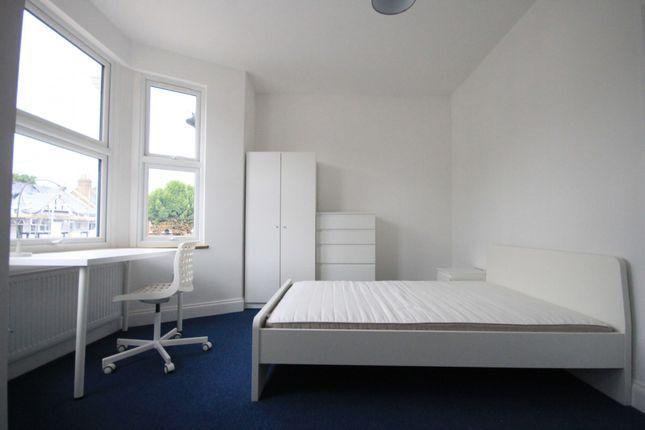 Studio to rent in Valentines Road, Ilford, Essex
