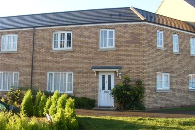 3 bed terraced house to rent in Brad Street, Northampton