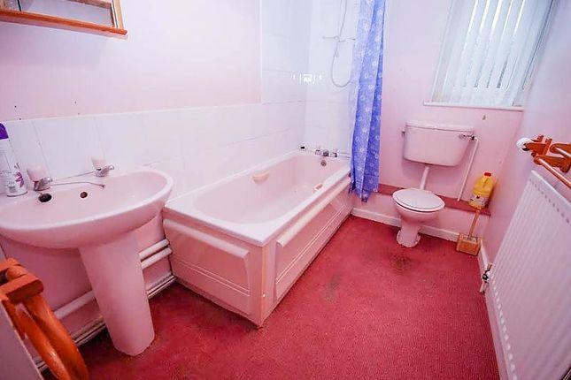 Bathroom of King James Court, Sunderland SR5