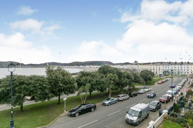 Thumbnail End terrace house for sale in North Parade, Llandudno, Conwy, North Wales