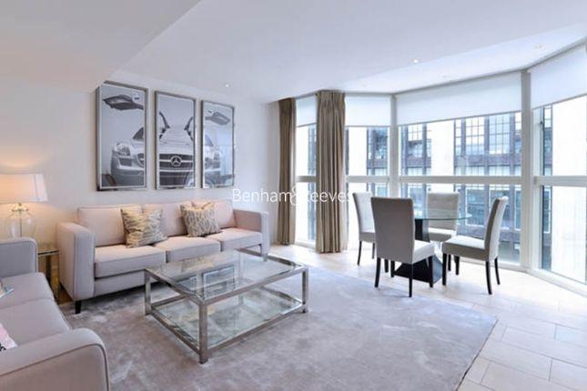 Thumbnail Flat to rent in Young Street, Kensington