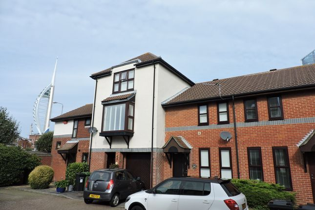 Thumbnail Terraced house to rent in Beehive Walk, Portsmouth