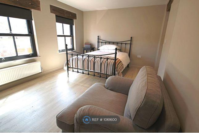 Room to rent in Springbourne House, Shrewton, Salisbury SP3