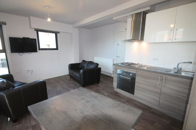 Thumbnail Flat to rent in Half Moon Lane, Gateshead
