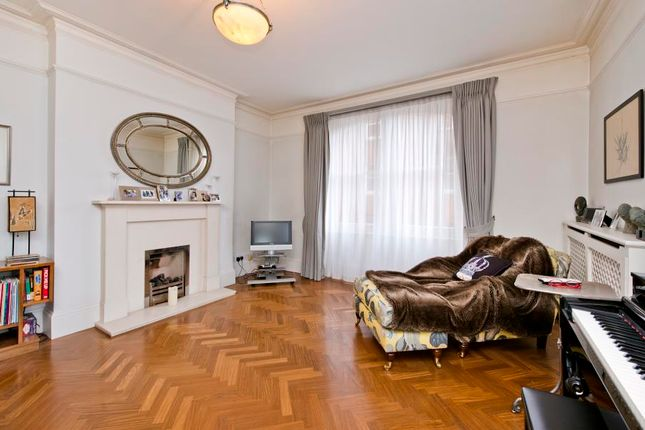 Thumbnail Flat for sale in Burnham Court, Moscow Road, Notting Hill