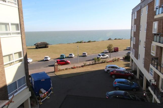 Thumbnail Flat to rent in The Esplanade, Frinton-On-Sea