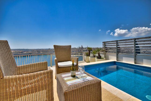 Thumbnail Apartment for sale in Tigne Point, Xatt Ta' Tigne, Malta