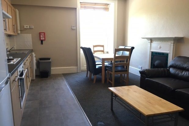 Thumbnail Maisonette to rent in Burlington Street, Bath