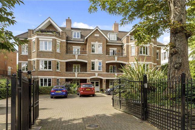 Thumbnail Flat to rent in Powell House, 96 Wimbledon Hill Road
