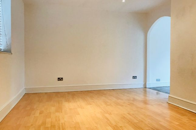 Terraced house to rent in Bideford Road, Enfield