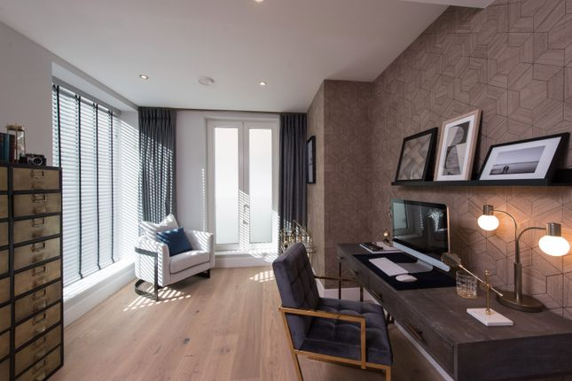 Thumbnail Town house for sale in 500 Chiswick High Road, Chiswick