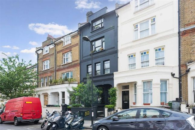 Thumbnail Flat for sale in Gascony Avenue, London