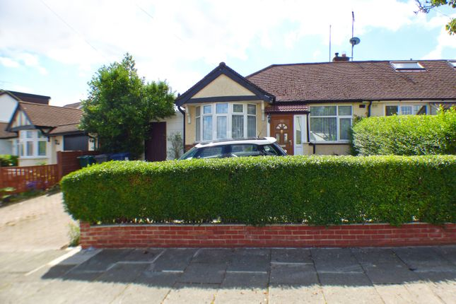 Bungalow for sale in Haslemere Avenue, East Barnet