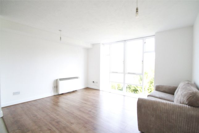 Thumbnail Flat to rent in Swansea Court, Galleons Reach