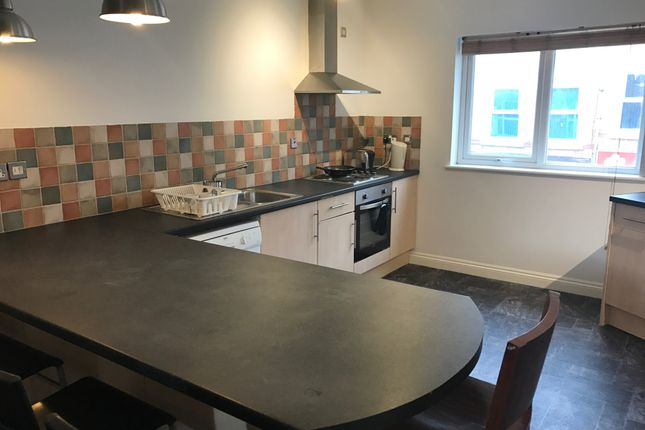 Thumbnail Flat to rent in Radford Road, Lenton