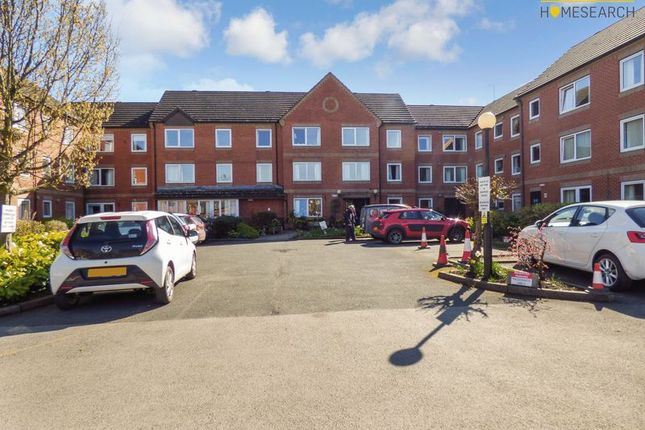 Thumbnail Flat for sale in Homesmith House, Evesham