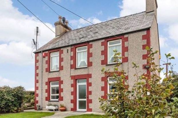 Thumbnail Detached house for sale in Bethel, Bodorgan