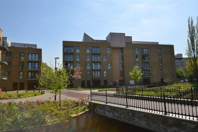 Thumbnail Flat to rent in Kings Island, Kings Mill Way, Uxbridge