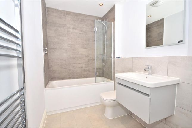 Bathroom of Sarlsdown House, 1 Sarlsdown Road, Exmouth, Devon EX8