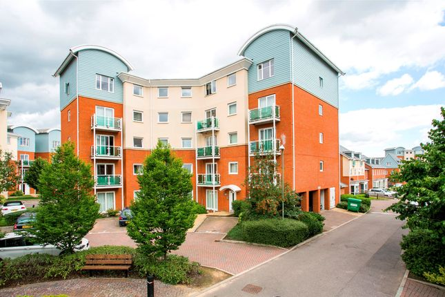Thumbnail Flat to rent in Tadworth Court, 16 Reynolds Avenue, Redhill, Surrey