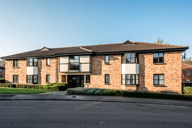 1 bed flat for sale in Jacobs Close, Potton, Sandy