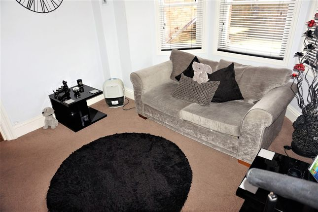 Lounge of 4 Crescent Avenue, Whitby YO21