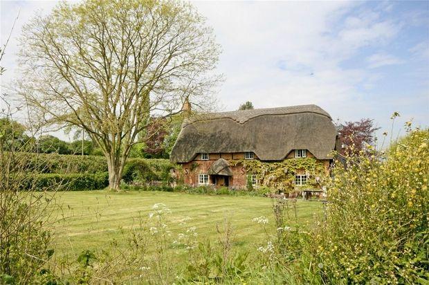 Thumbnail Cottage for sale in North End, Damerham, Fordingbridge, Hampshire