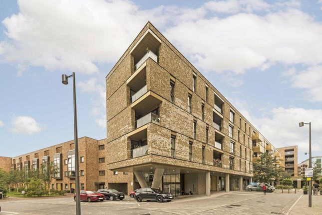 3 bed flat for sale in Yeoman Street, London SE8