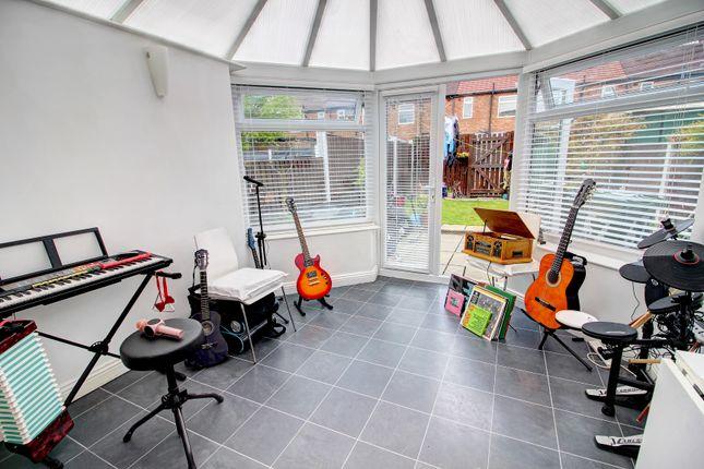 Conservatory of Prince Edward Avenue, Denton, Manchester M34