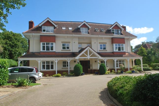 Thumbnail Flat to rent in Sarlsdown Road, Exmouth
