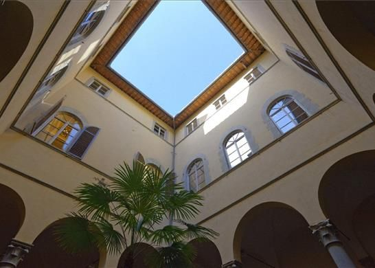 2 bed apartment for sale in Florence, Tuscany, Italy