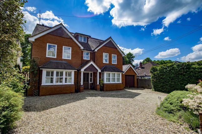 Thumbnail Detached house for sale in Milldown Road, Goring On Thames